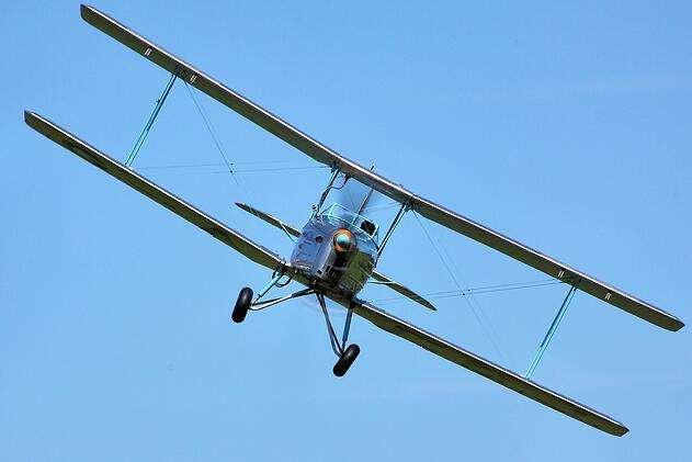 biplane-438466_1280.jpg