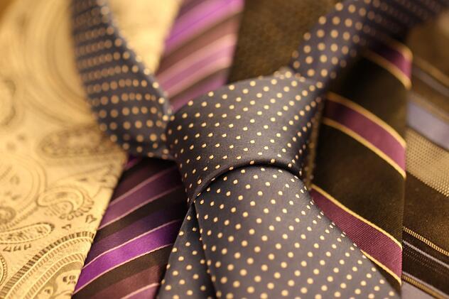 cravat-987584_1280.jpg