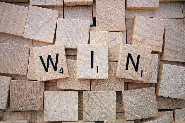 win-1820037_1280.jpg