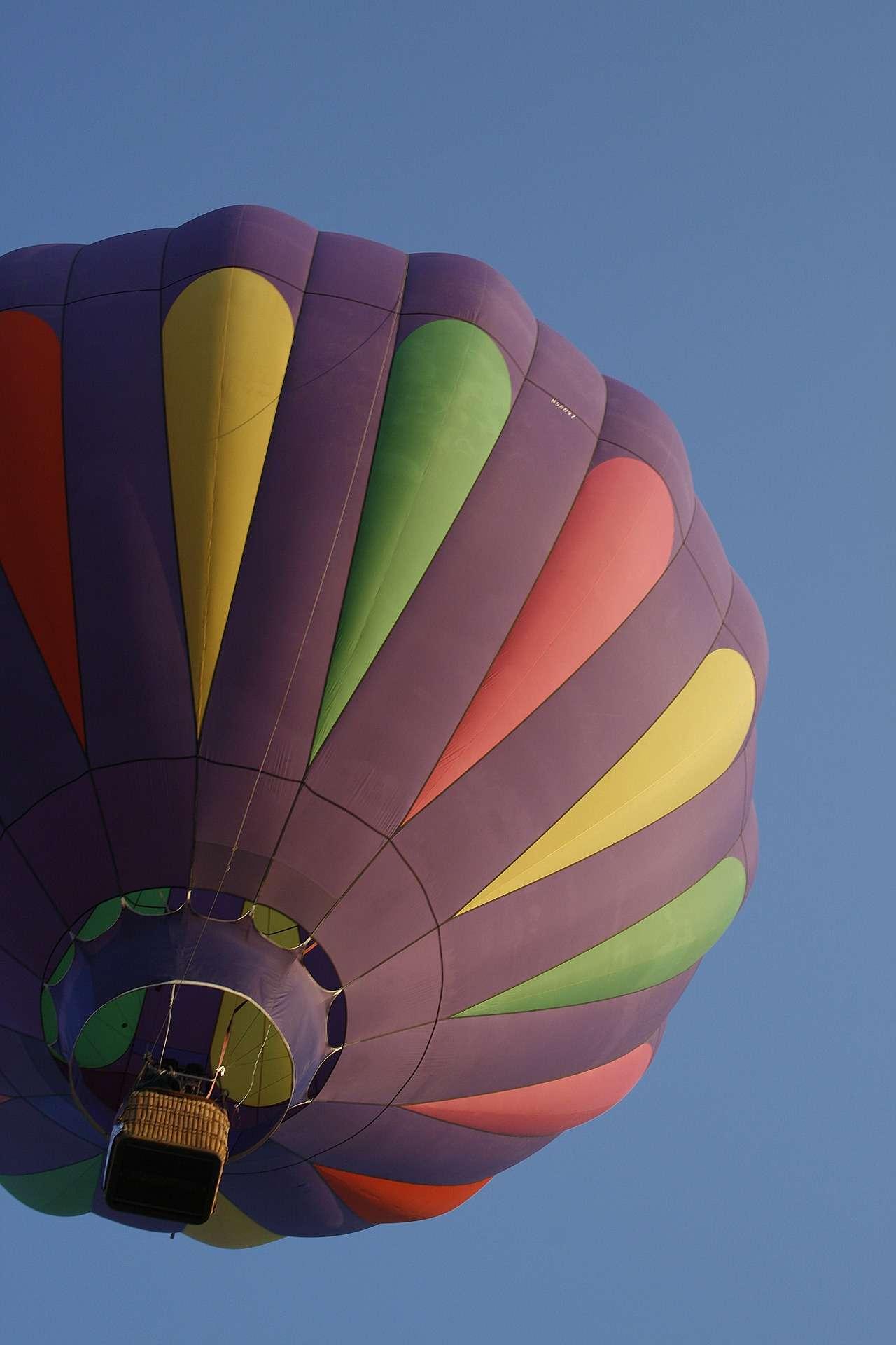 ballon-616643_1920
