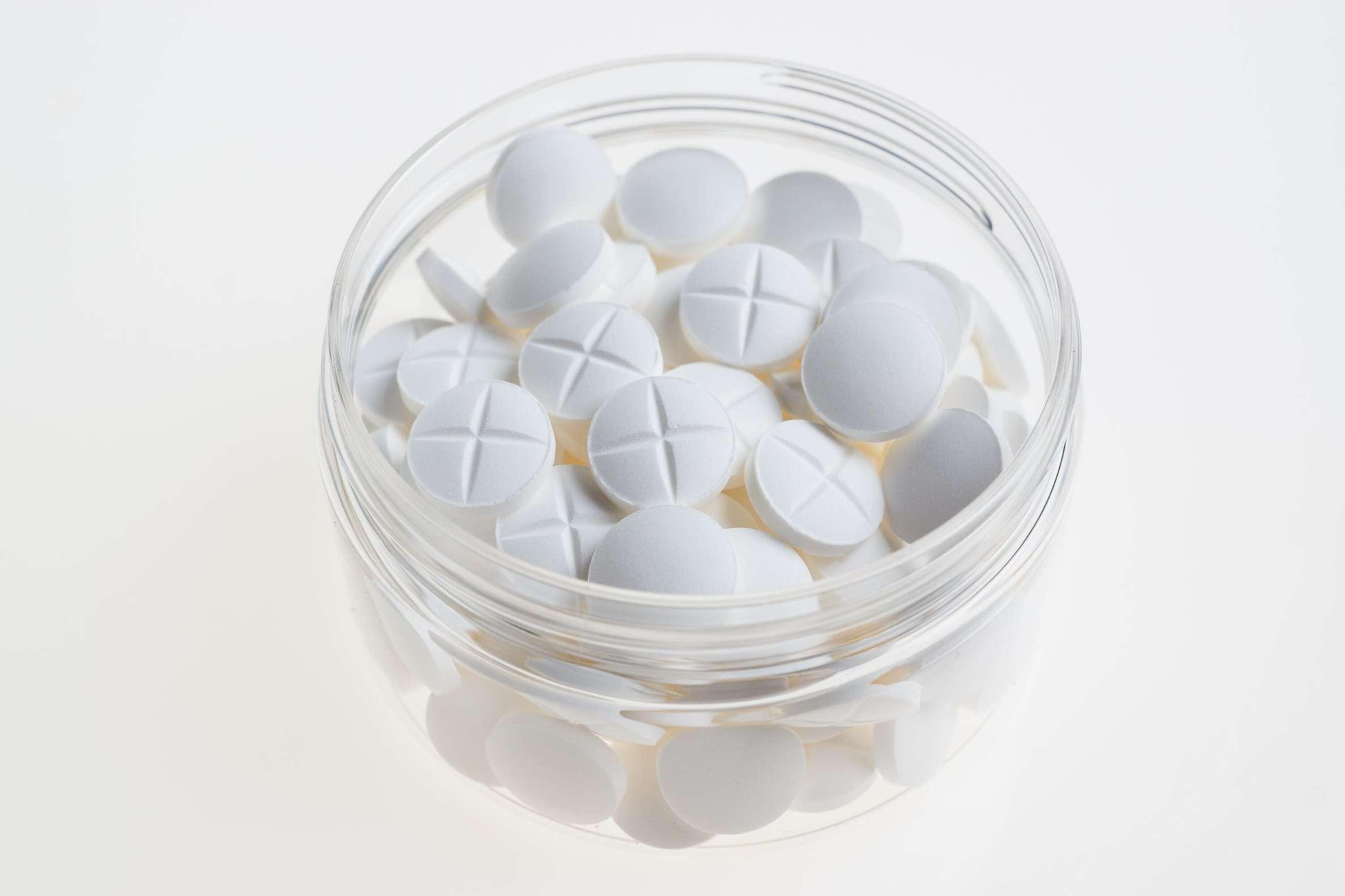 color-drugs-medicine-415804